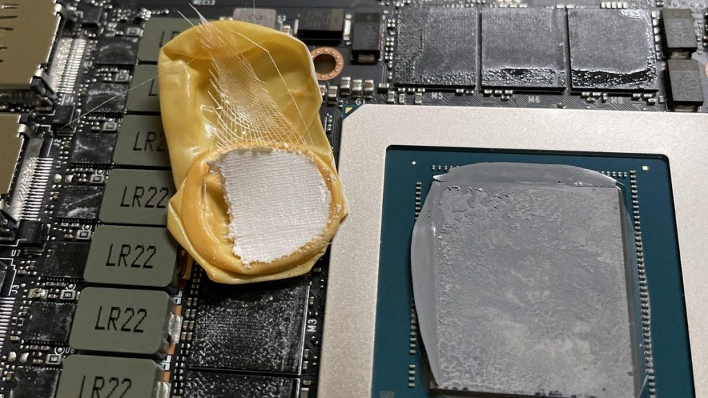 RTX 3090 owner finds an old glove inside a $1,500 GPU